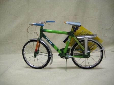 recycled blik fiets